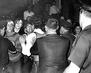 300px-Stonewall_riots