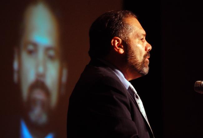 20091016_journalist-ray-suarez_33